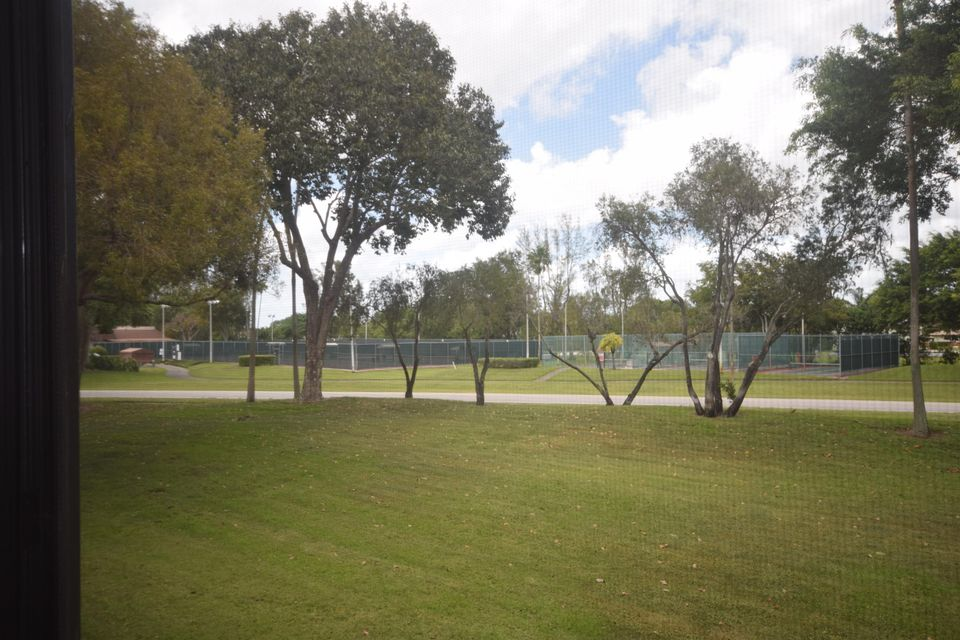 Additional photo for property listing at 7267 Huntington Lane 7267 Huntington Lane Delray Beach, Florida 33446 Estados Unidos