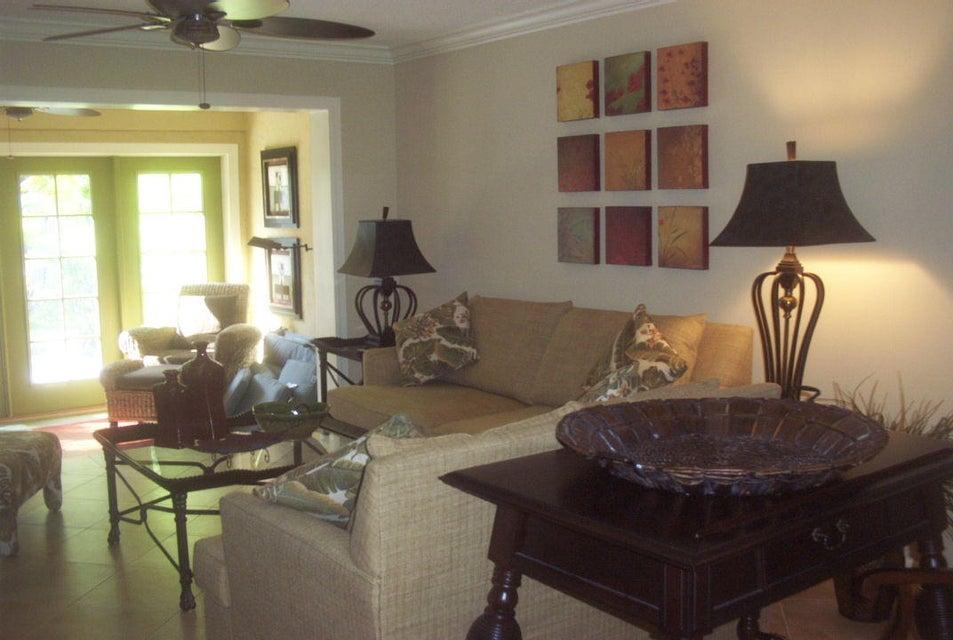 Vila para Locação às 318 SE 7th Avenue 318 SE 7th Avenue Delray Beach, Florida 33483 Estados Unidos