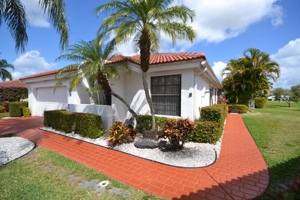 10765 White Aspen Lane, Boca Raton, FL 33428