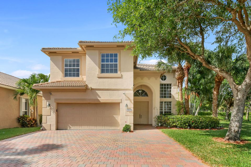 5611 Via De La Plata Circle, Delray Beach, FL 33484