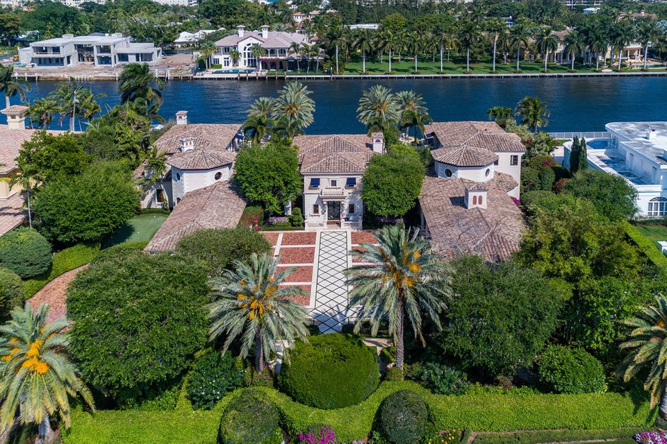 New Home for sale at 1900 Royal Palm Way in Boca Raton