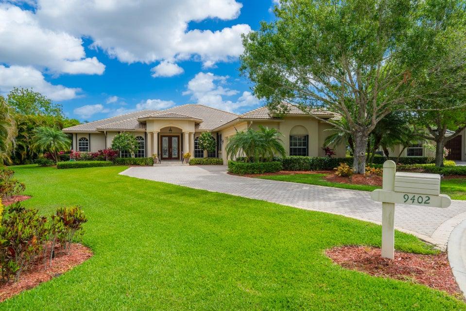 9402 Pinebark Court, Fort Pierce, FL 34951