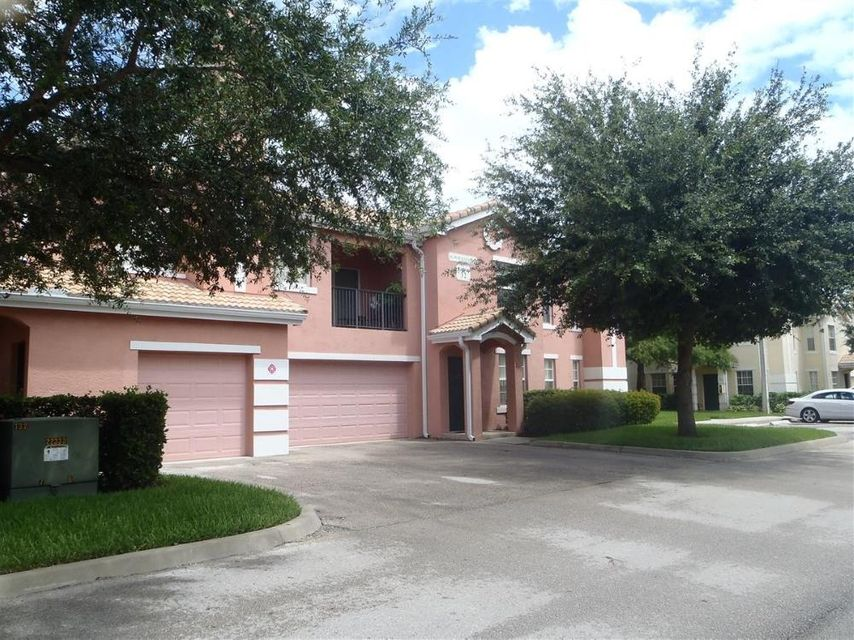162 NW Peacock #206, Port Saint Lucie, FL 34986