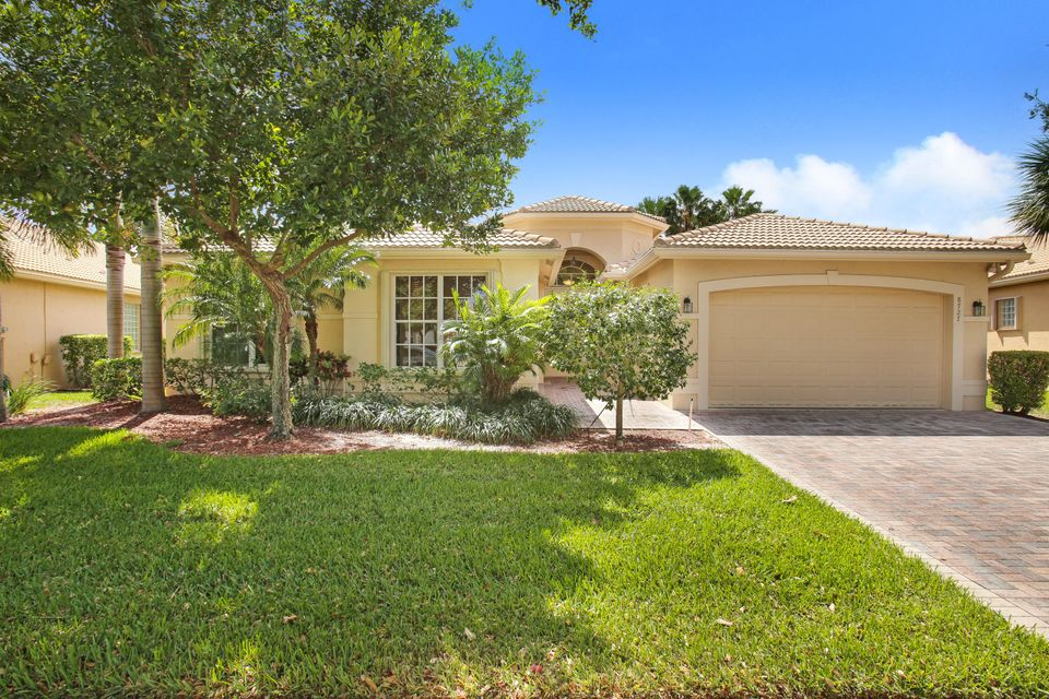 VALENCIA SHORES 1 home 8727 Tierra Lago Cove Lake Worth FL 33467