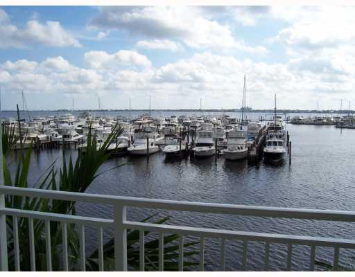 815 NW Flagler Avenue 204, Stuart, FL 34994