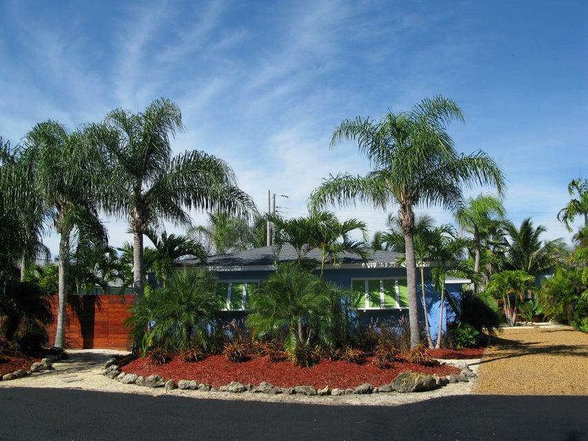 13767 Oleander Avenue, Juno Beach, FL 33408