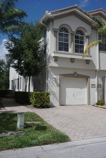 3172 Laurel Ridge Circle, Riviera Beach, FL 33404