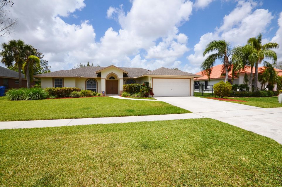 127 Nottingham Road  Royal Palm Beach, FL 33411