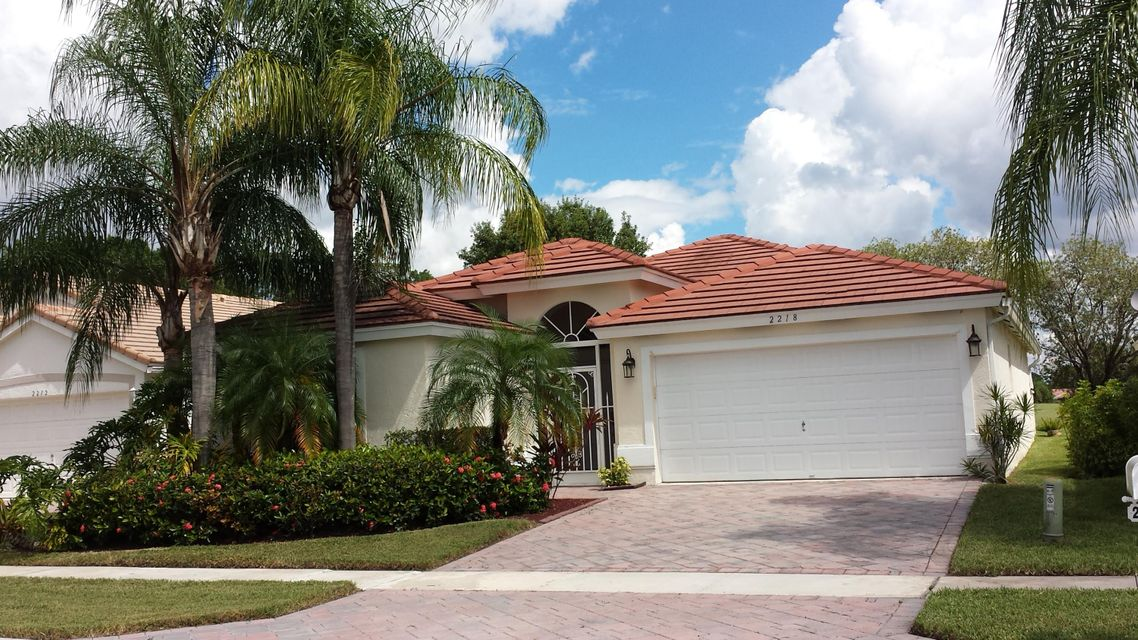 2218 Country Golf Drive, Wellington, FL 33414