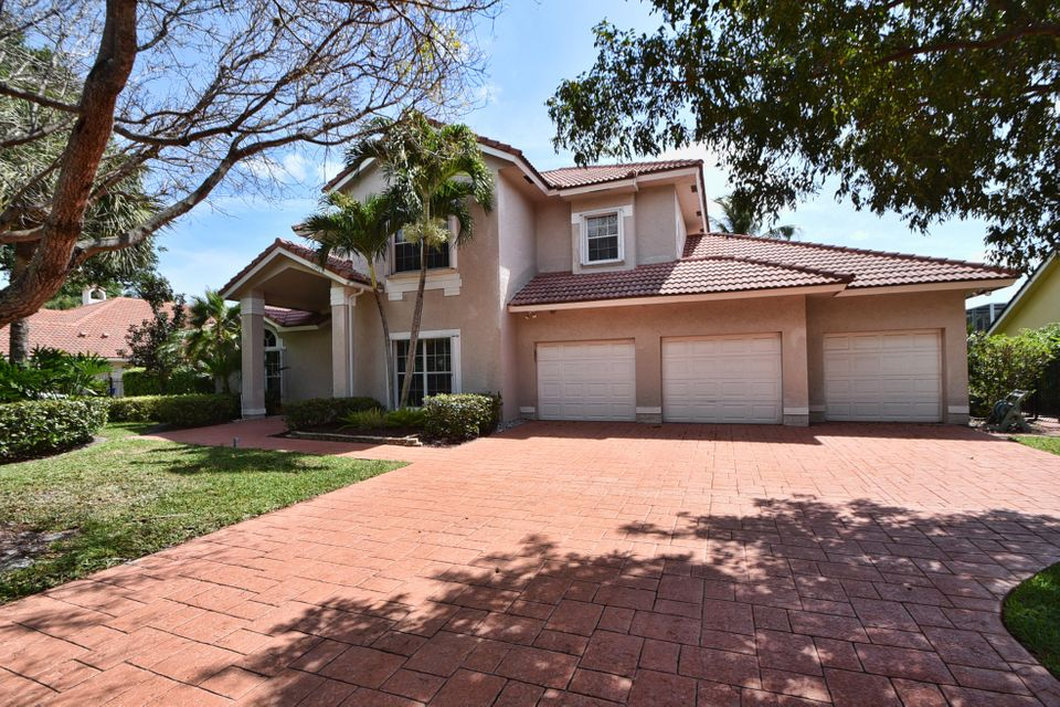 2235 Rabbit Hollowe Circle, Delray Beach, FL 33445