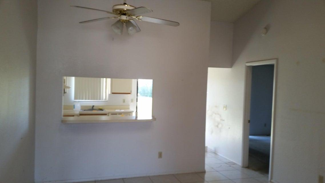 433 SW Bill Traitel Avenue, Port Saint Lucie, FL 34953