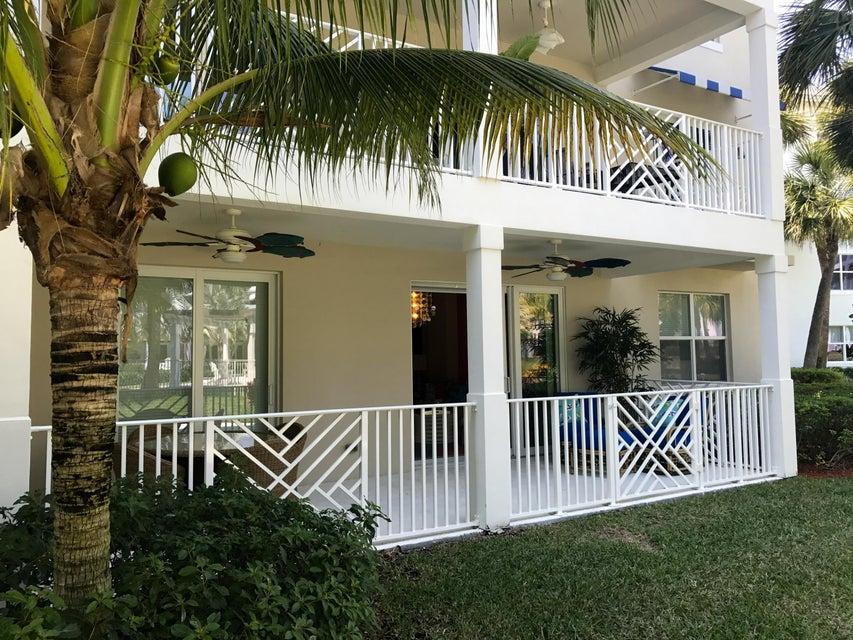812 Bay Colony Drive S, Juno Beach, FL 33408