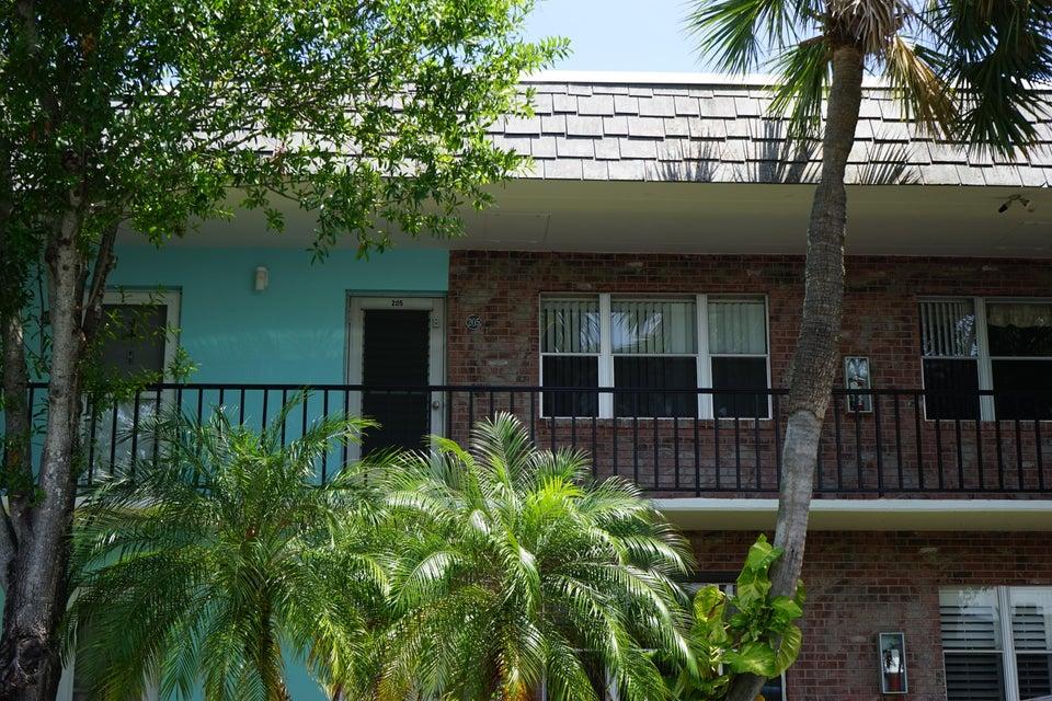 1200 Colonnades Drive 205, Fort Pierce, FL 34949