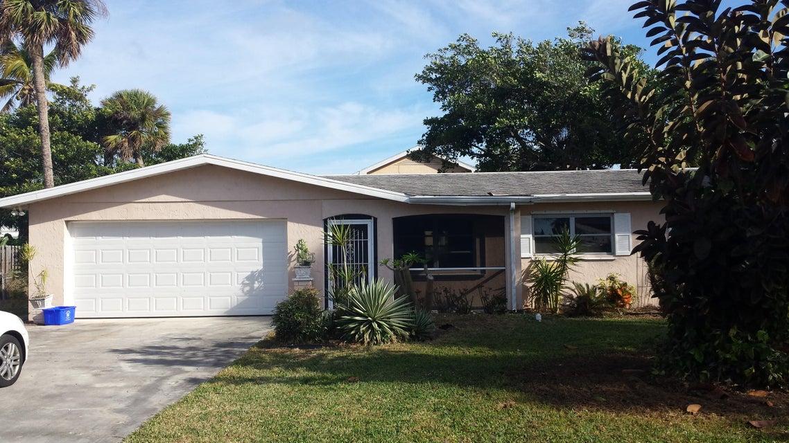 2014 Jacaranda Avenue, Fort Pierce, FL 34949