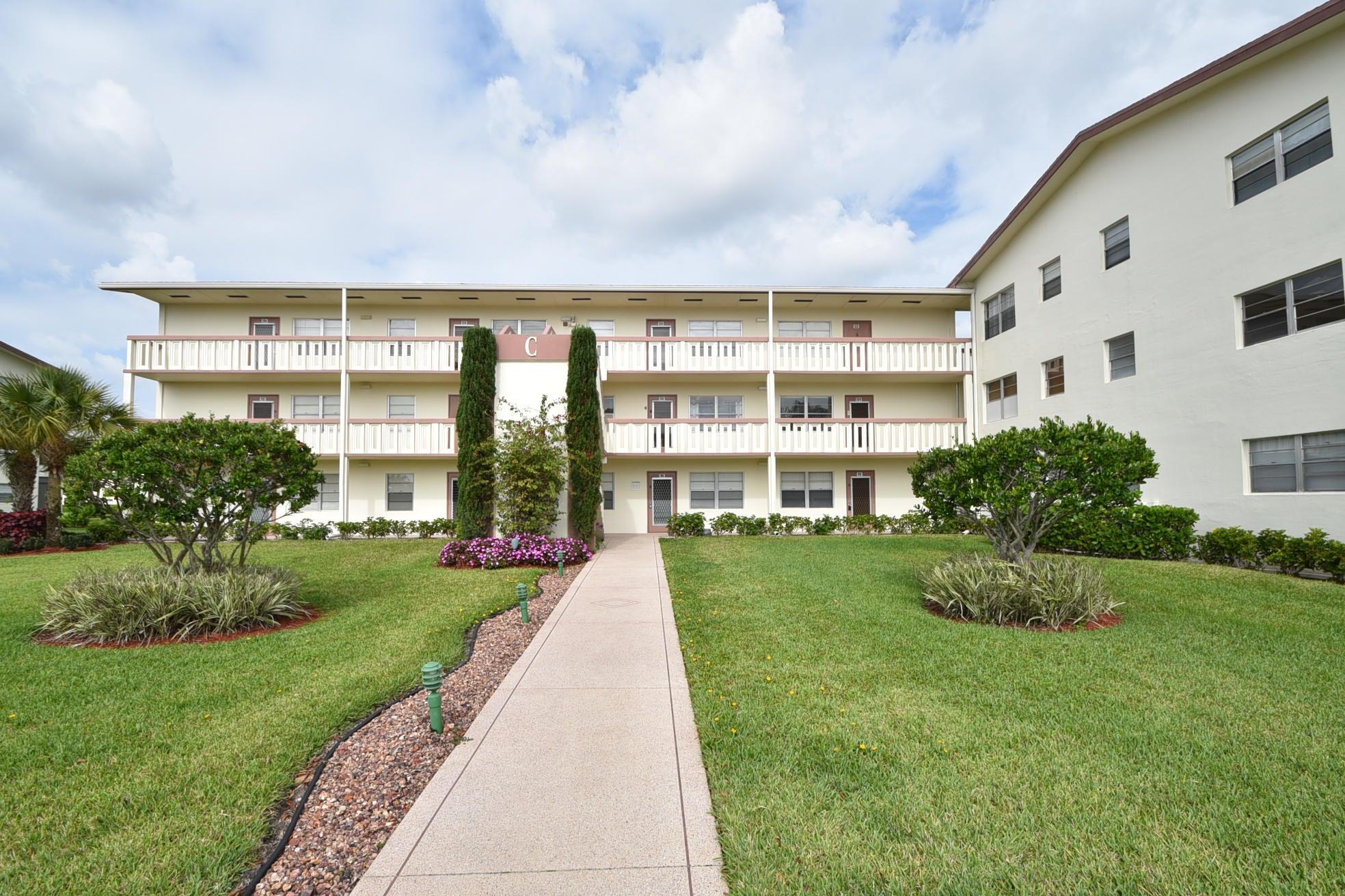 108 Preston C C, Boca Raton, FL 33434