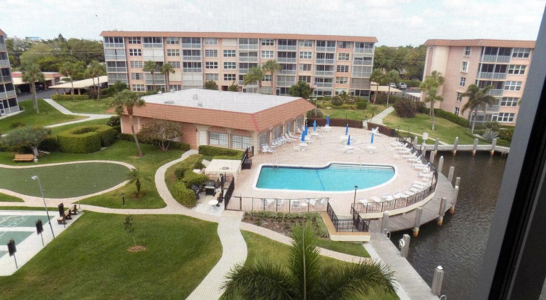 911 Gardenia Drive 552, Delray Beach, FL 33483
