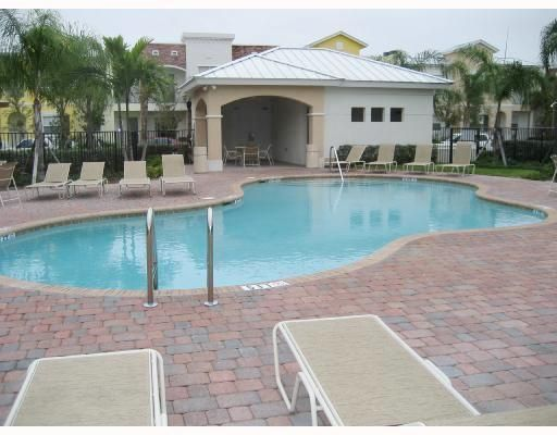 10560 SW Stephanie Way 1-207, Port Saint Lucie, FL 34987