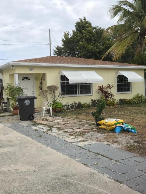 Casa Unifamiliar por un Venta en 609 Hudson Road 609 Hudson Road West Palm Beach, Florida 33405 Estados Unidos