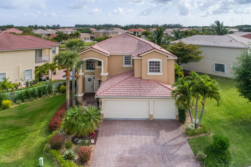 7404 Via Luria, Lake Worth, FL 33467