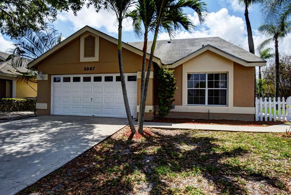 3987 Circle Lake Drive, West Palm Beach, FL 33417
