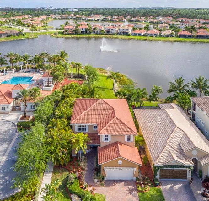 12496 Aviles Circle, Palm Beach Gardens, FL 33418