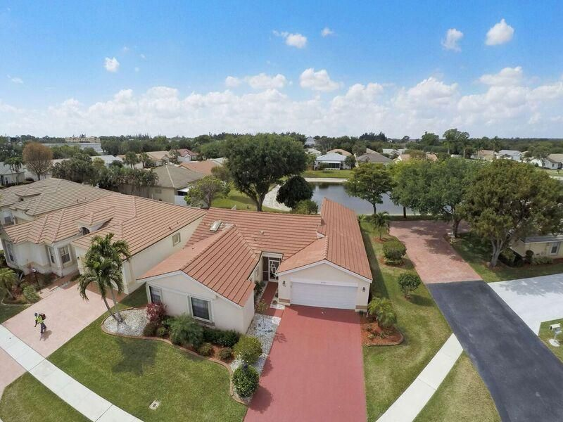 8380 Winter Springs Lane, Lake Worth, FL 33467