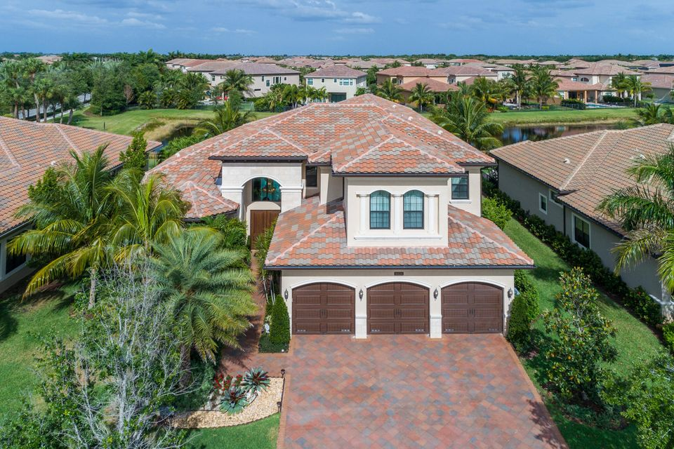 16639 Chesapeake Bay Court, Delray Beach, FL 33446