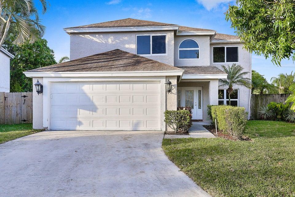 Casa para uma família para Venda às 23147 Sunfield Drive 23147 Sunfield Drive Boca Raton, Florida 33433 Estados Unidos