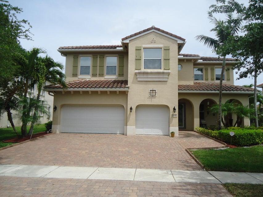 654 Triana Street, West Palm Beach, FL 33413