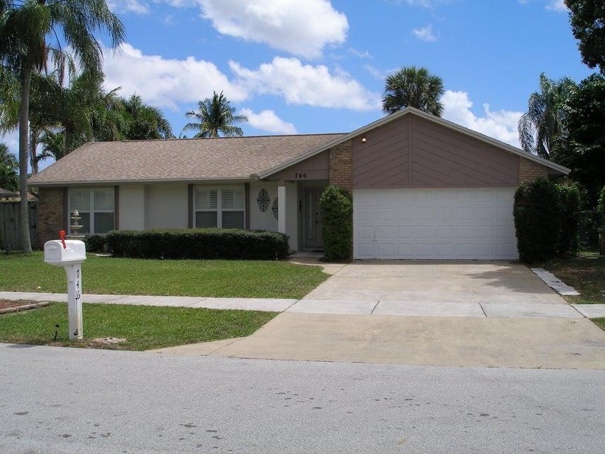 746 NW 41st Way, Deerfield Beach, FL 33442
