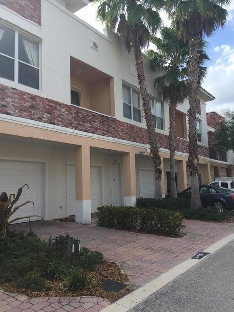 10320 Stephanie Way 7-207, Port Saint Lucie, FL 34987