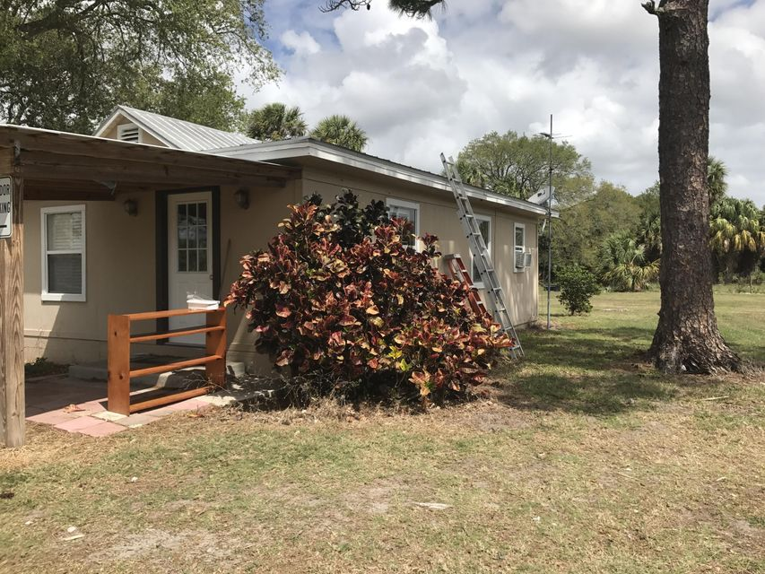 5110 Floyd Johnson Road, Fort Pierce, FL 34947
