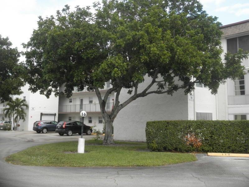 705 Lori Drive 110, Palm Springs, FL 33461