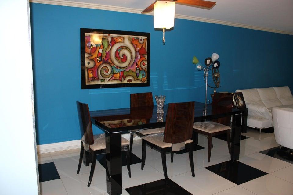 15451 Pembridge Drive 218, Delray Beach, FL 33484