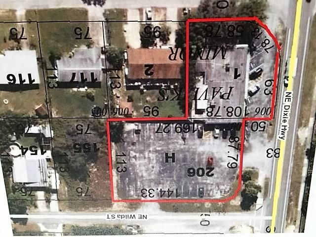 Commercial / Office for Sale at 2400 NE Dixie Highway 2400 NE Dixie Highway Jensen Beach, Florida 34957 United States