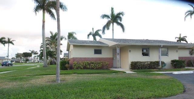 2751 Ashley Drive E A, West Palm Beach, FL 33415