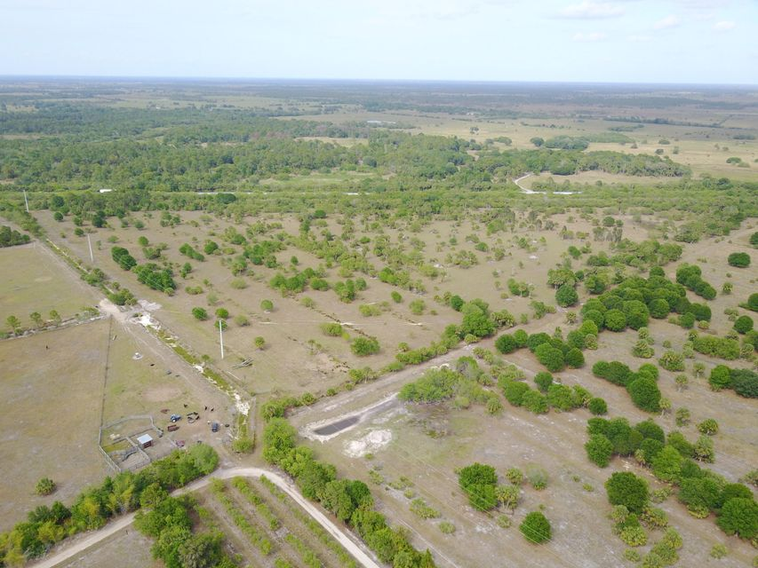 Aaa SW Arrowroot Avenue Indiantown FL 34956 - photo 2