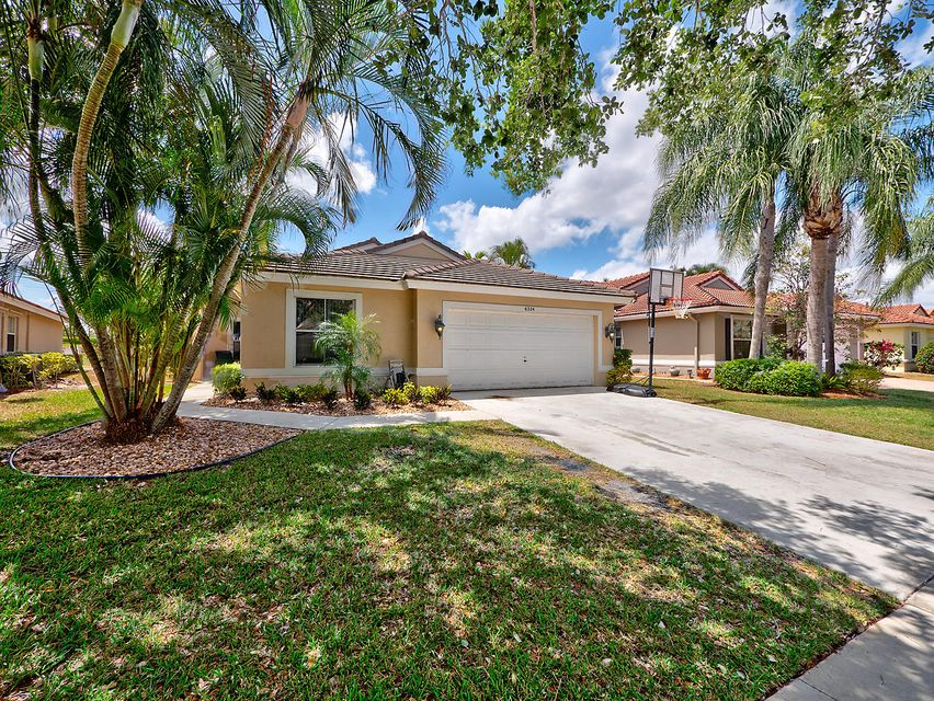 6324 Grand Cypress Circle, Lake Worth, FL 33463