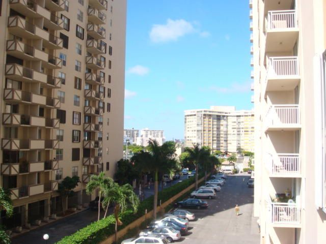 Apartment for Rent at 1849 S Ocean Drive Hallandale Beach, Florida 33009 United States