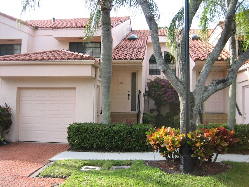 17292  Boca Club Boulevard is listed as MLS Listing RX-10327998 with 27 pictures