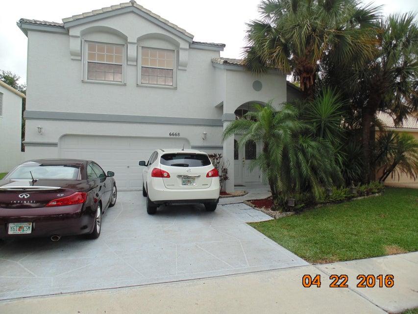 6668 Waverly Lane, Lake Worth, FL 33467