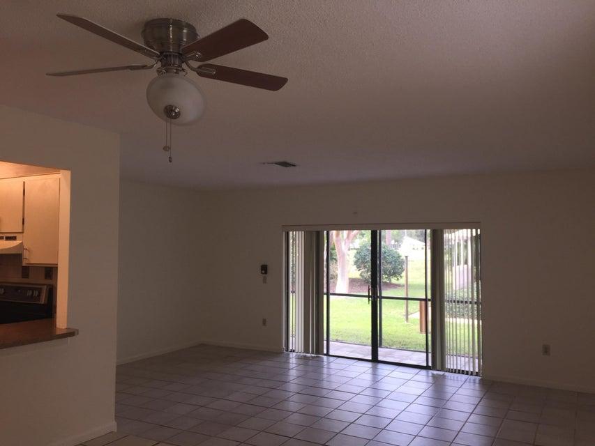 2707 Lowson Boulevard A, Delray Beach, FL 33445