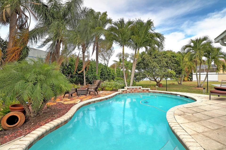 4971 Pelican Street, Coconut Creek, FL 33073