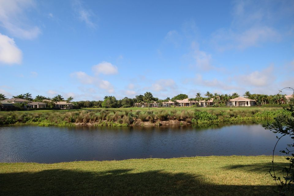 Addison Reserve Par 11 7606 Isla-verde Way