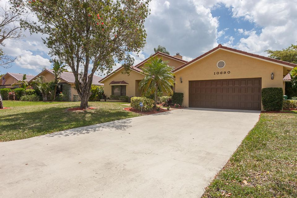10690 NW 6 Street NW, Coral Springs, FL 33071