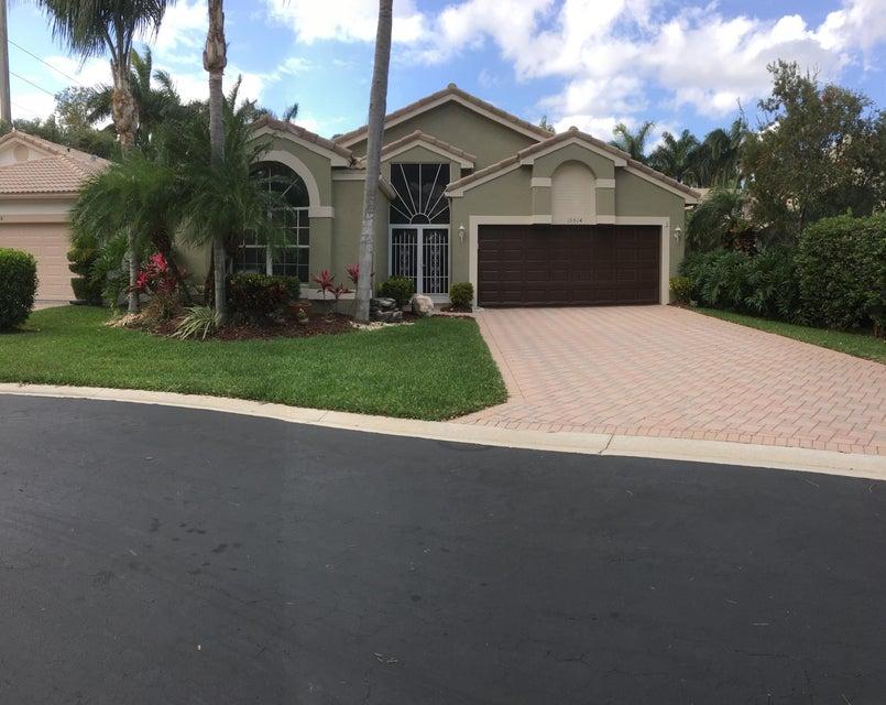 10514 S Utopia Circle S, Boynton Beach, FL 33437