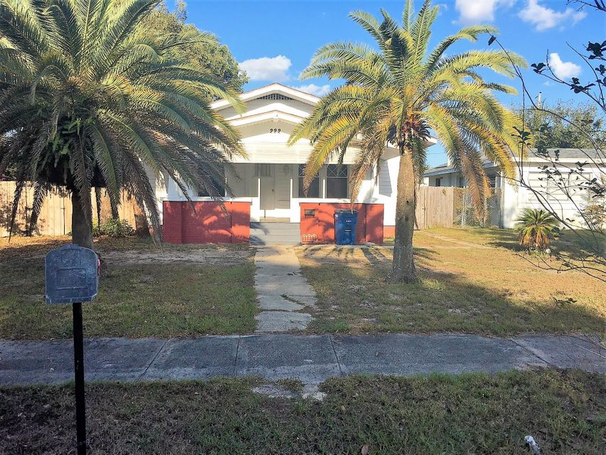 House for Sale at 222 Magnolia Avenue Sebring, Florida 33870 United States