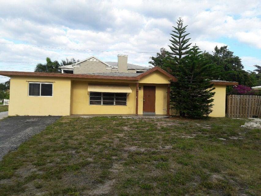 216 NW 11th Street  Boca Raton FL 33432