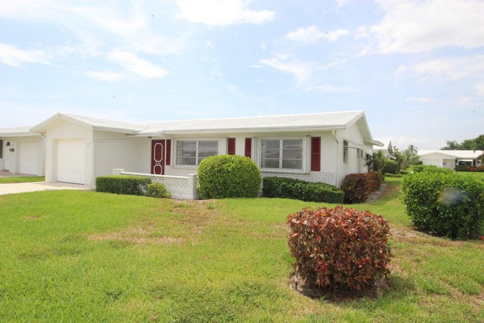 2398 SW 9th Avenue, Boynton Beach, FL 33426