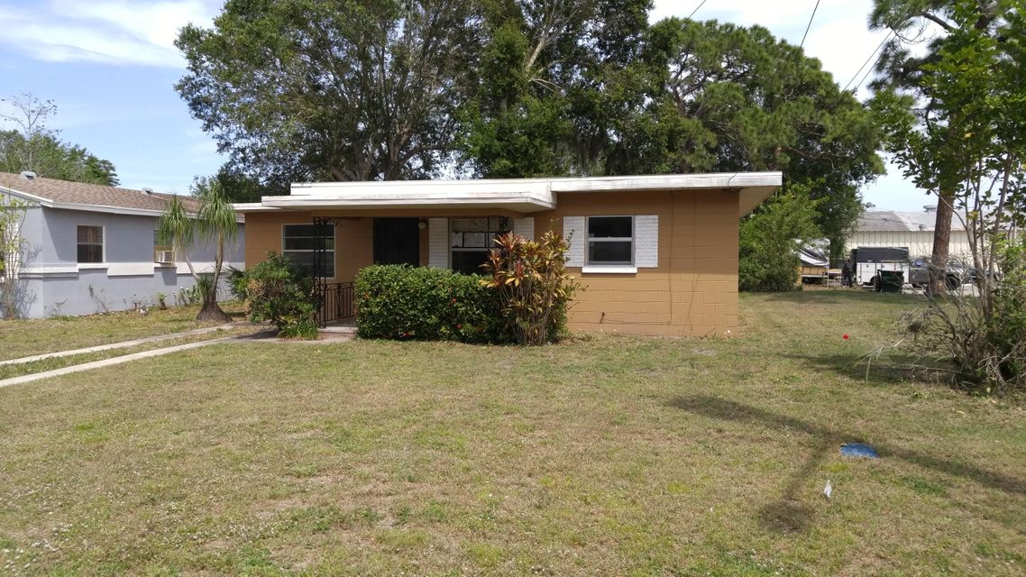 106 N 21st Street, Fort Pierce, FL 34950